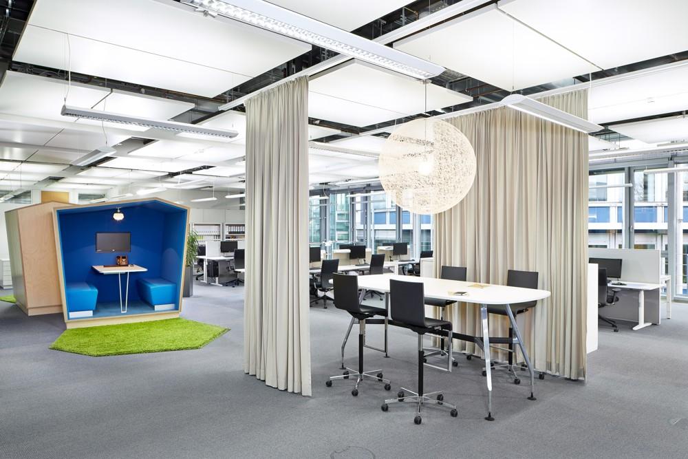 Cortinas acústicas para centros de estudios